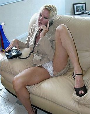 UK Granny Sex Phonesex Chat Lines